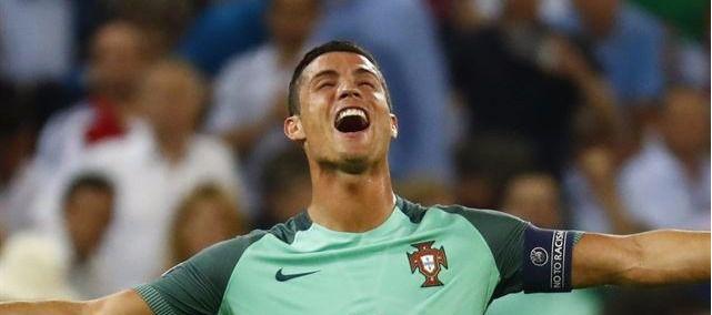 Cristiano mete a Portugal en la final