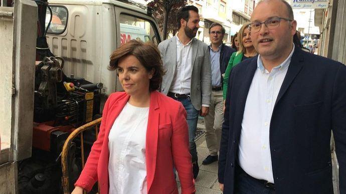 """Santamaría integradora y generosa:""""A Cospedal, la primera"""""""