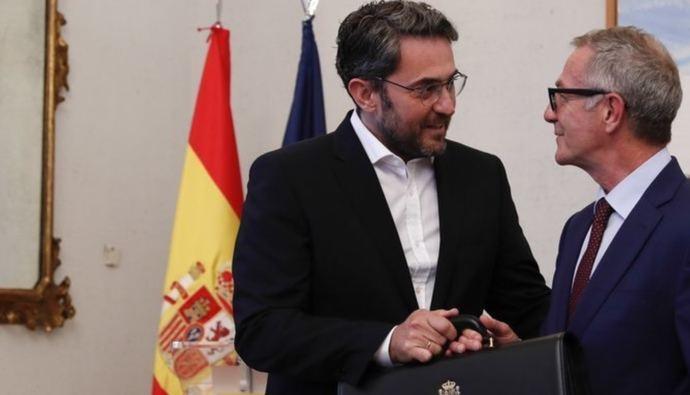 Dos ministros por uno en la España de los récords