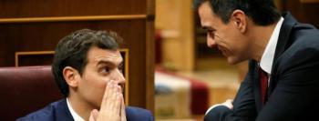 Los abrazos rotos pueblan España