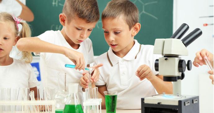 Telefónica y United Way, unidos para impulsar las vocaciones científicas entre los niños