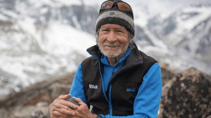 Carlos Soria comenzará a escalar con 79 años el Dhaulagiri este lunes