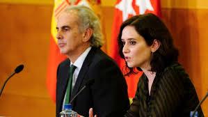 El consejero de Sanidad Enrique Ruiz Escudero y la presidenta madrileña Isabel Díaz Ayuso.