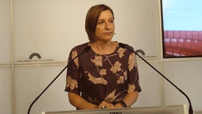 La presidenta del Parlament pide recursar a todos los magistrados del Constitucional