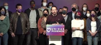 Momento en que Pablo Iglesias anuncia su decisión de abandonar el partido.