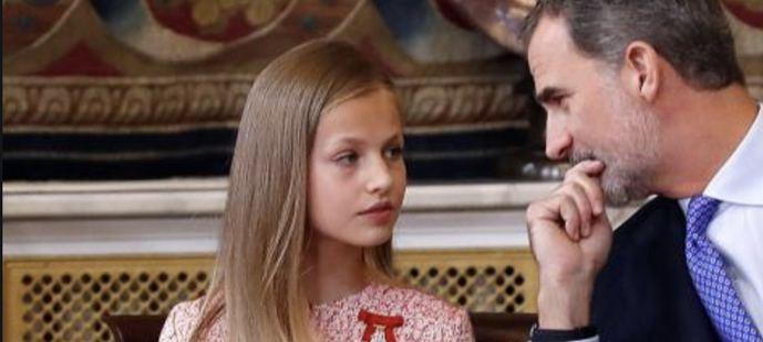 Leonor y su padre Felipe VI.