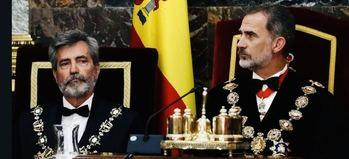 El presidente del Consejo General del Poder Judicial, Carlos Lesmes, con el rey Felipe VI.