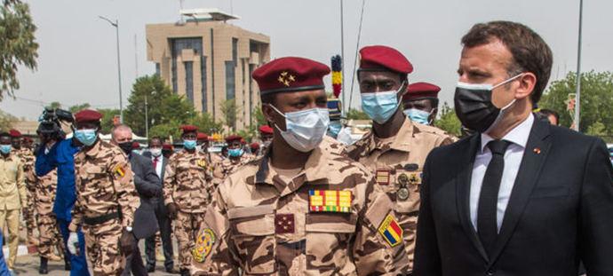 Macron en el funeral por el presidente chadiano Idriss Déby.