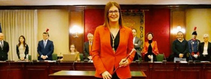 La alcaldesa Posse y el disparate de los sueldos municipales