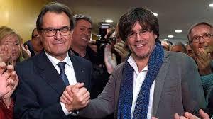 Artur Mas y su sucesor Carles Puigdemont.