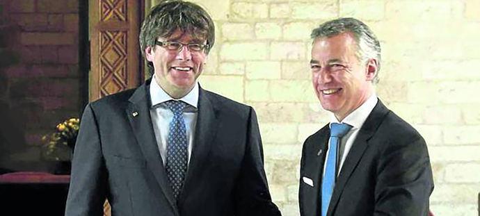 Carles Puigdemont e Iñigo Urkullu.