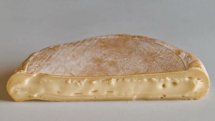 Sanidad retira lotes de queso Reblochon tras 7 intoxicaciones en Francia