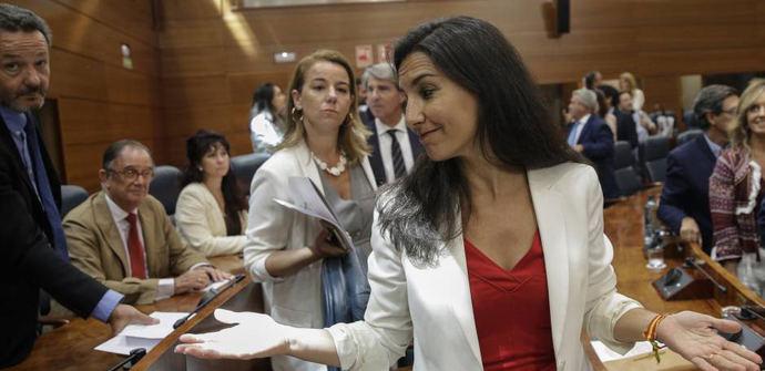 Rocío Monasterio en la Asamblea de Madrid.
