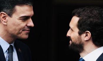 Veinte disparos contra España con protagonistas tras el escenario