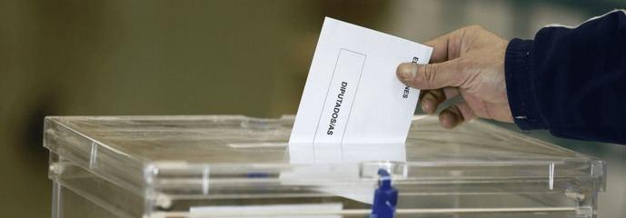 Lluvia de encuestas para justificar la derrota segura de la izquierda